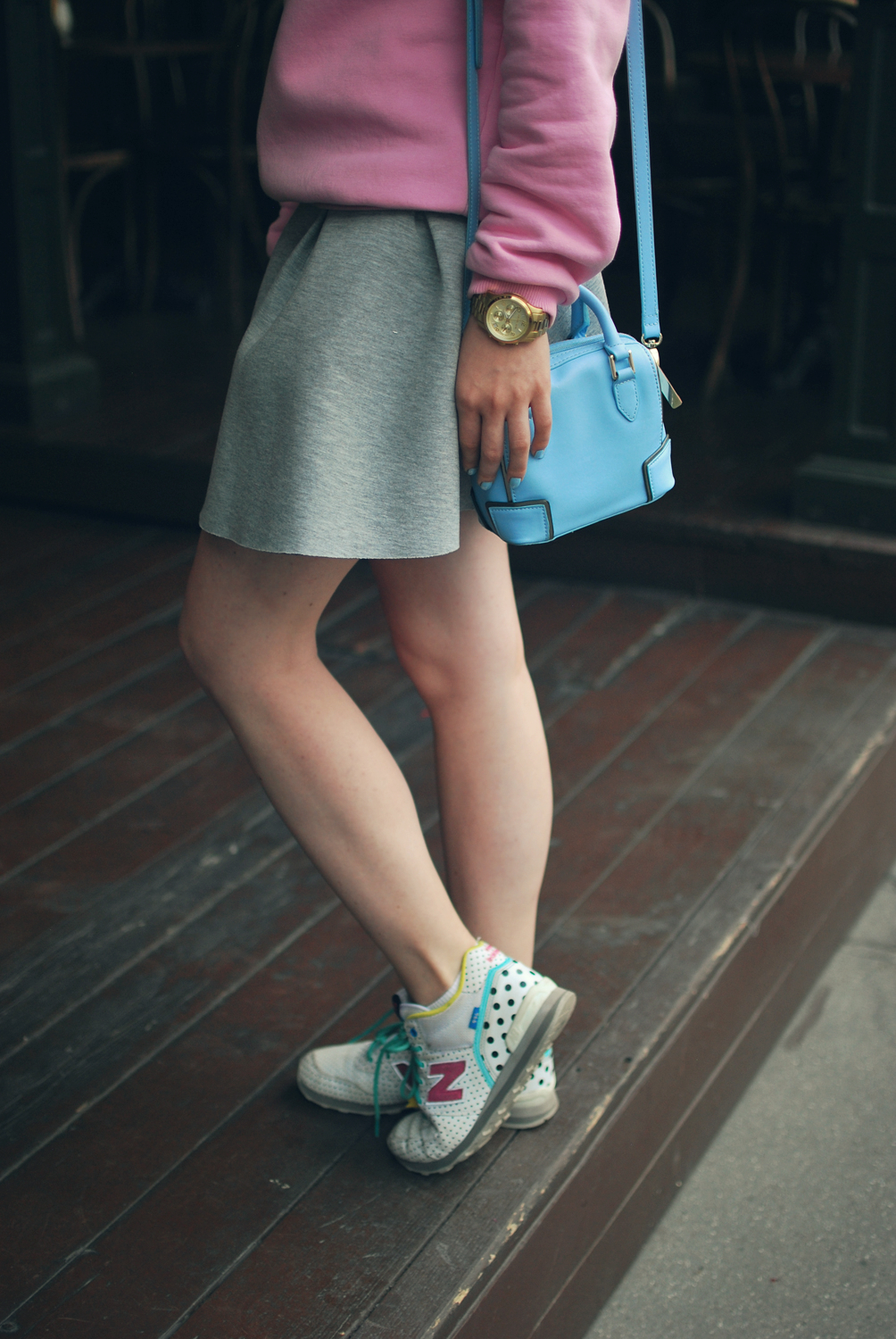 summer look, neoprene skirt, new balance look, streetstyle