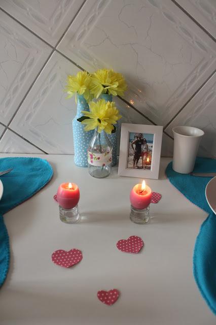 mesa posta dia dos namorados azul e rosa, ideias dia dos namorados