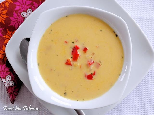 kokosowa zupa z czerwonej soczewicy