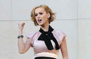 Katy Perry Pics, Katy Perry Bombshell Blonde