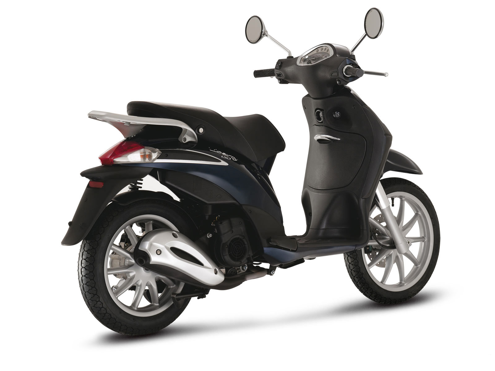2009 piaggio liberty 150 scooter pictures accident. Black Bedroom Furniture Sets. Home Design Ideas