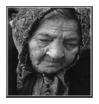 mulher cansada, triste, velha e solitária