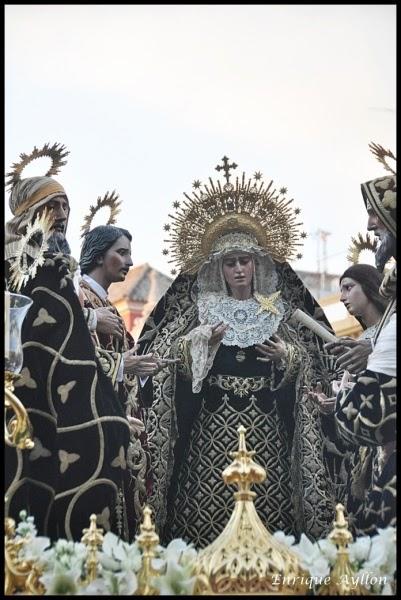 HERMANDAD DEL SANTO ENTIERRO 2014 SEMANA SANTA DE SEVILLA 2014
