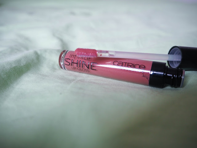 Catrice Infinite Shine Lip Gloss in 210 Lost In The Rose-Woods