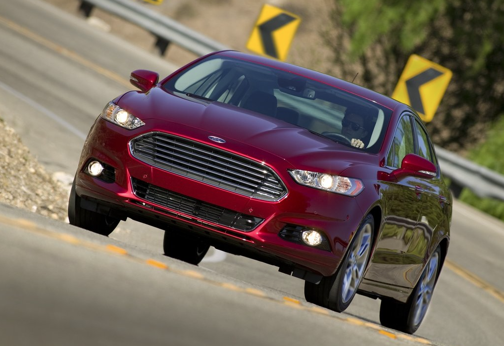 2014 Ford Fusion red