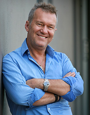 Jimmy Barnes Goes Back To School To Learn And Teach Vvn