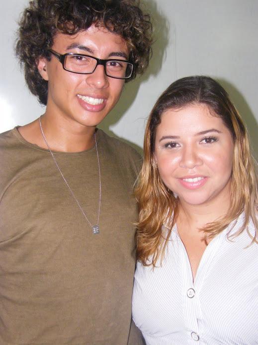 A jornalista Fernanda Gama maquiada