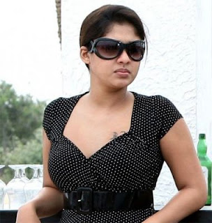Latest Cleavage Bikini HOT SOUTH INDIAN ACTRESS NAYANTARA Latest