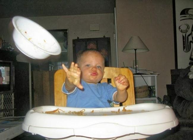 Пап, лови тарелку!