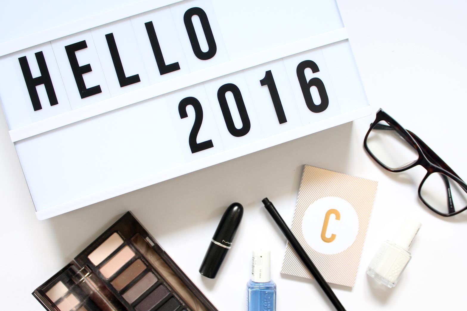HELLO 2016 + UPDATES - CassandraMyee