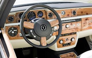 Rolls-Royce+Phantom+Drophead+Coup%C3%A9+3.jpg