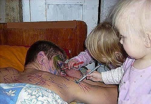 Kako tate čuvaju decu :) Image010-754957