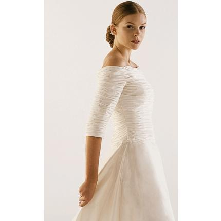 Shutswan 39 s blog for Wedding dresses with three quarter length sleeves