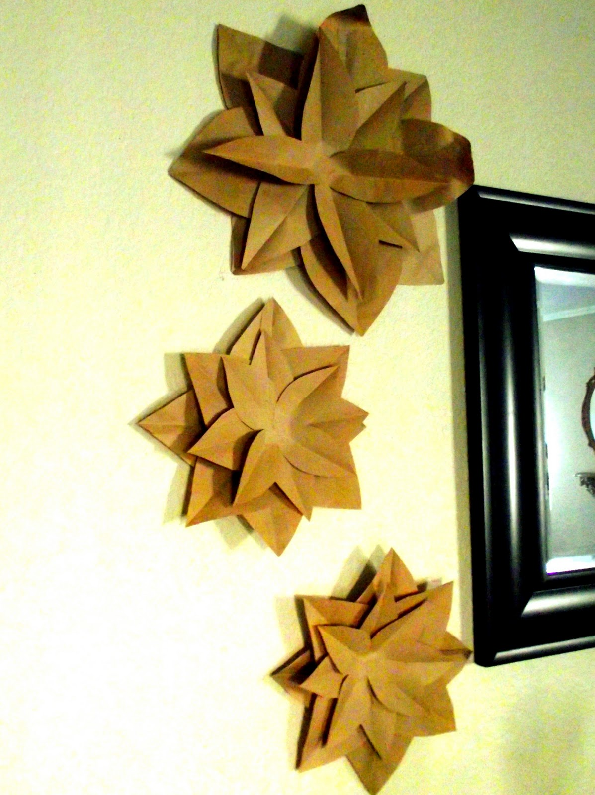 This little home of mine brown paper bag flowers using this method it takes eight paper bags to create one flower i ran out of paper bags after three flowers mightylinksfo