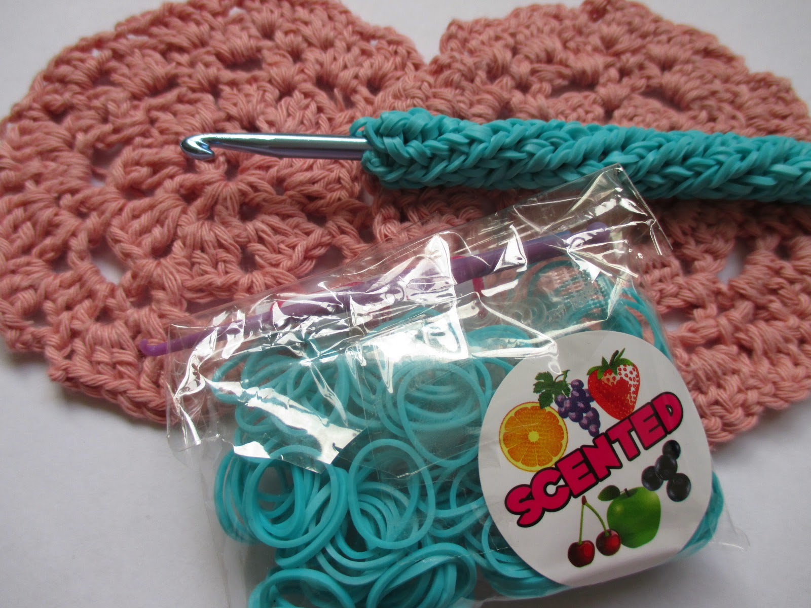 For the Love of Crochet Along: Crochet meets Loom Bands