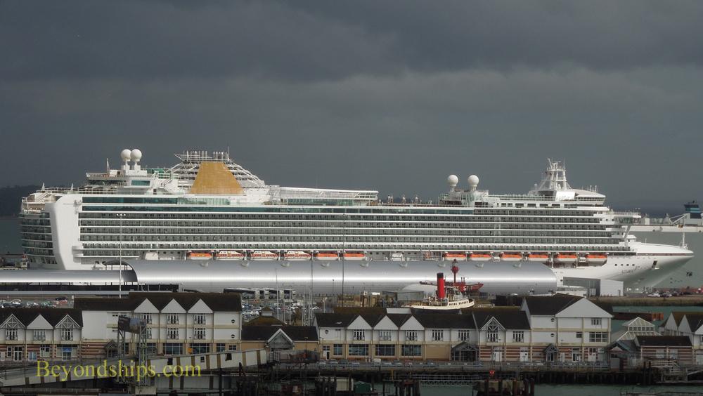 Beyondships Cruising Blog: Photo essay - Cruise ships in ...