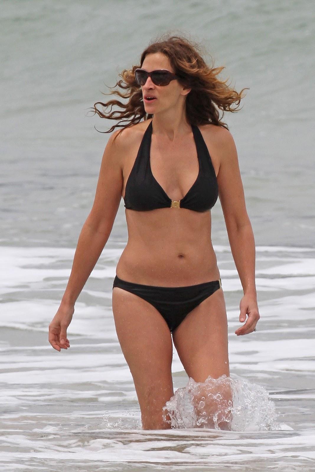 http://2.bp.blogspot.com/-tJ6lbaEfEXU/T8Ds94vRssI/AAAAAAAAHIY/o9AErchte7U/s1600/+Julia+Roberts+-+Bikini+candids+Hawaii+%252813%2529.jpg