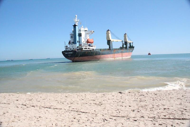 Estas dos embarcaciones de más de diez mil Toneladas fueros sacadas a  title=