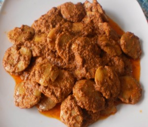 Jengkol memiliki aroma yang khas dan dagingnya lembut. Gudang Resep Resep Membuat Rendang Jengkol Sederhana Tidak Bau