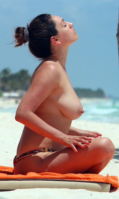 nude photos of kelly brook № 77914