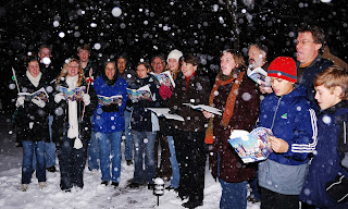 http://www.forbes.com/sites/davidwismer/2012/12/12/was-a-new-guinness-world-record-for-christmas-caroling-set-tonight/