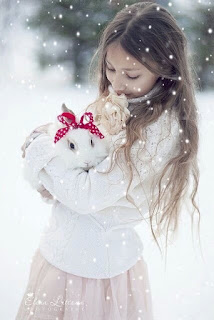 Lapin sous la neige Noel Weheartit Inspiration Décembre Lifestyle Mademoiselle latinne