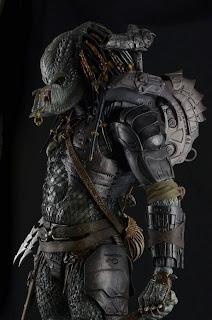 "NECA 1/4 Scale 18"" Elder Predator Figure"