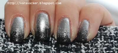 naglar, nails, nagellack, nail polish, svampning, gradient, black and silver