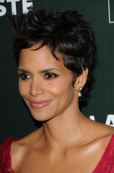 Halle Berry Hairstyles Hairstyles 2013