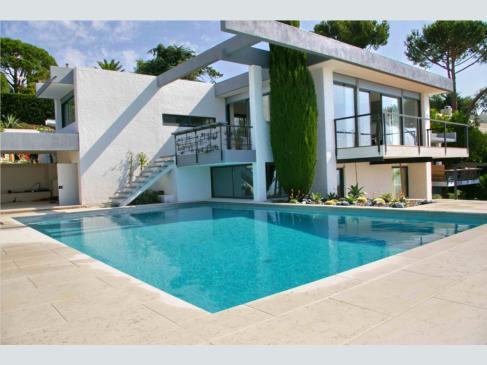 le bon coin pour louer une villa en c te d 39 azur. Black Bedroom Furniture Sets. Home Design Ideas