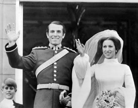 Сватбената рокля на Принцеса Ана