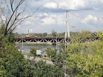 Most Średnicowy