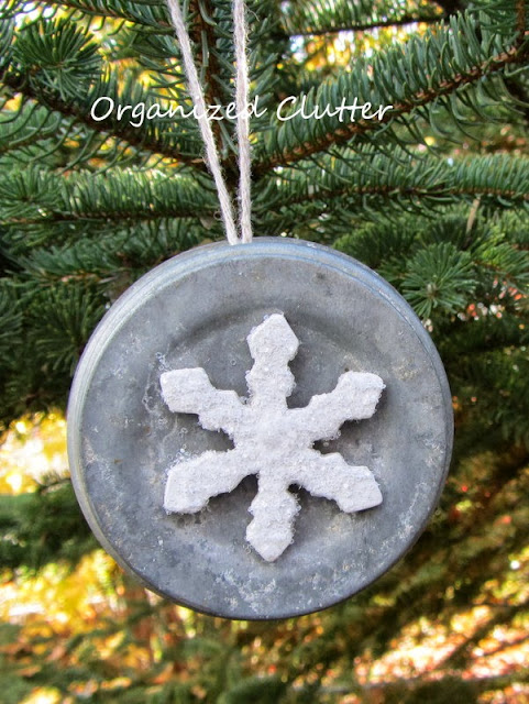 Zinc Jar Lid Christmas Tree Ornaments http://organizedclutterqueen.blogspot.com/2013/10/zinc-jar-lid-christmas-tree-ornaments.html
