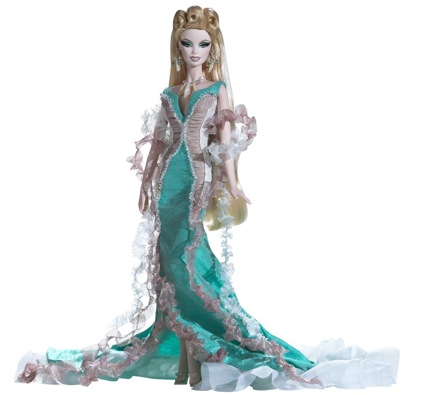 beauty and jealousy in the story of medusa and the greek goddess athena Ask any man about the story of medusa and he will speak of athena's jealousy how she, enraged, cursed the gorgon after she seduced poseidon with her beauty.