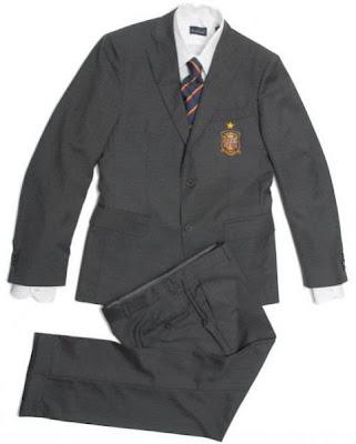 traje oficial selección española