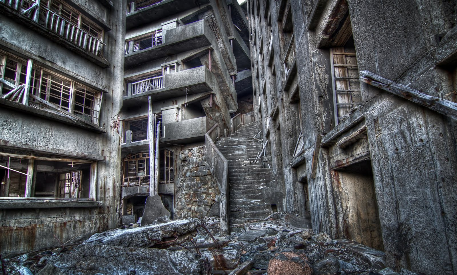 Secret Lexicon: Hashima - Battleship Island