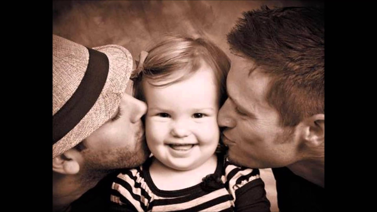 familia adoptiva comidos homosexuales