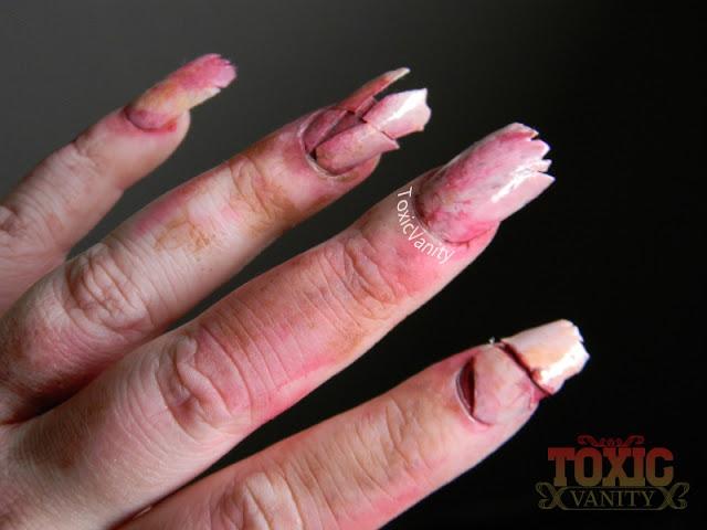 Digit-al Dozen does Halloween Day 5# Creepy zombie nails - Toxic Vanity
