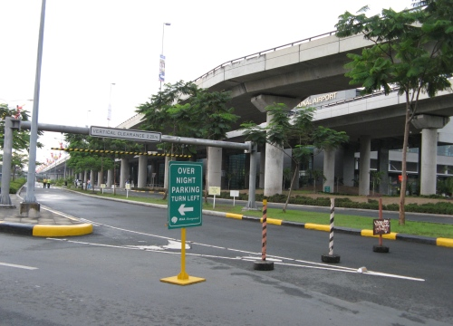 Overnight parking in NAIA Terminal 3will cost you P50 a night only! Try it!