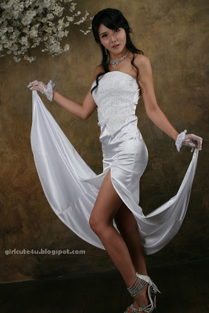 xxx nude girls: Cha Sun Hwa, Sexy Bride