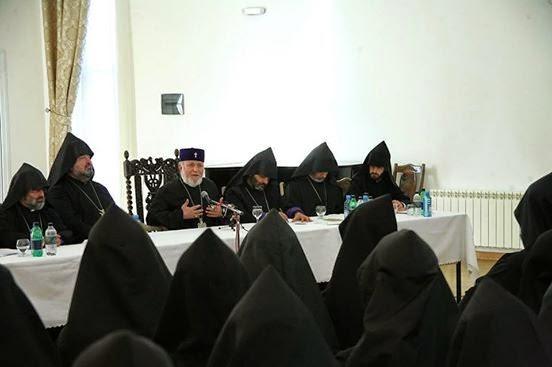 Capitolo armeno, in riunione.