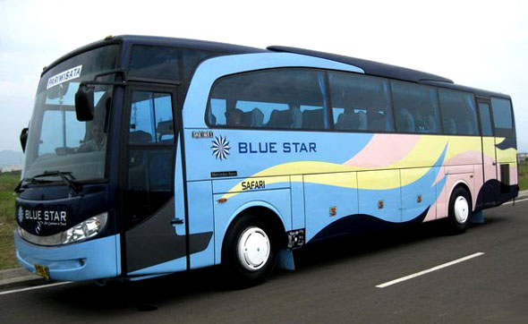 bus blue star
