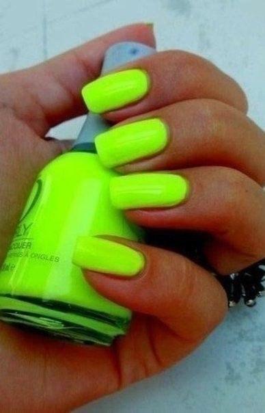 Ногти салатового цвета
