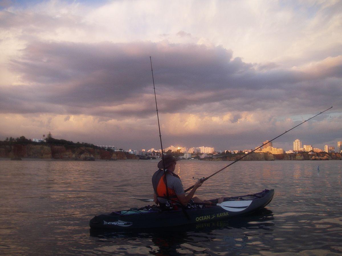 Kayak fishing on the atlantic ocean algarve outdoor for Ocean kayak fishing