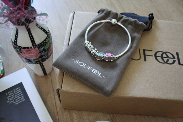 http://www.soufeel.com/travel-car-and-trailer-charm-set.html