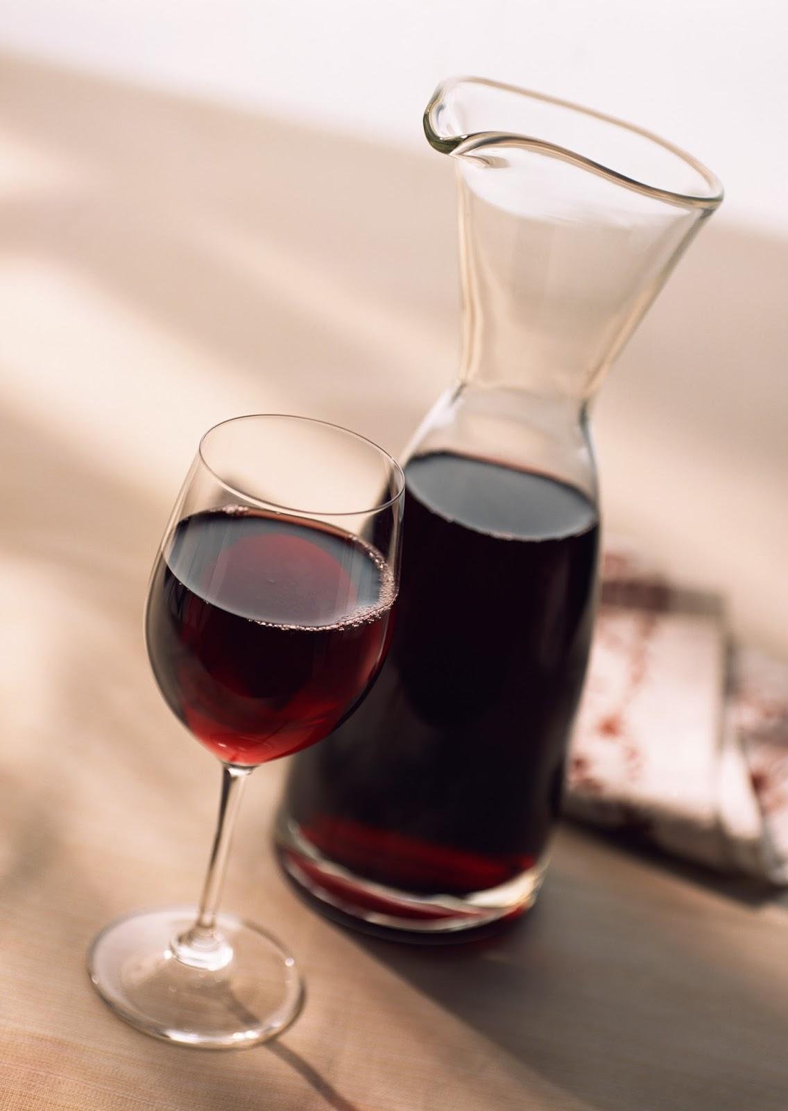 Vinos en c rdoba doce vinos bbb buenos bonitos y for Sillones bonitos y baratos