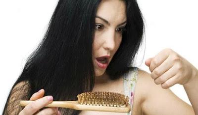 Shampo Alami Untuk Mengatasi Kerontokan pada Rambut