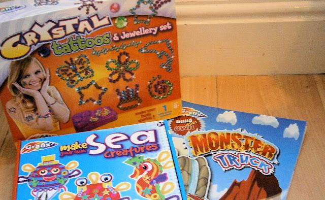 fun childrens art set grafix kits