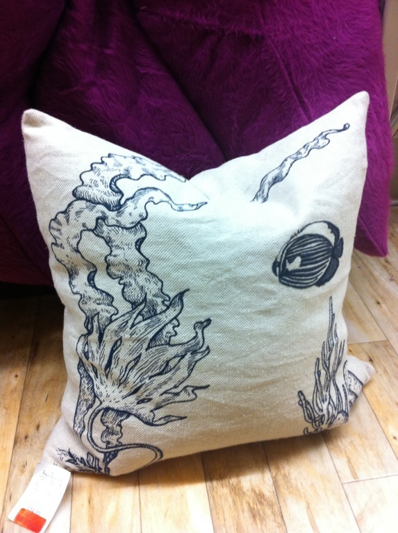 Throw Pillows Homesense : Design Maze: Store Alert: HomeSense