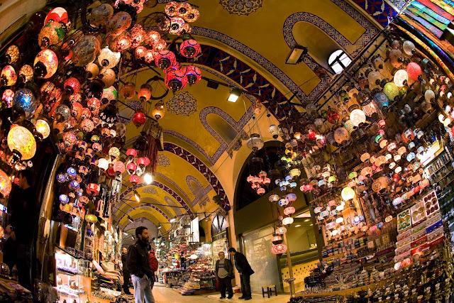 ve may bay di istanbul gia re - Chợ Grand Bazaar
